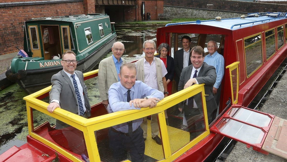 Politicians visit the Montgomery Canal 2021